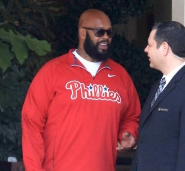 suge-knight-will-remain-in-jail-until-monday-1101-2