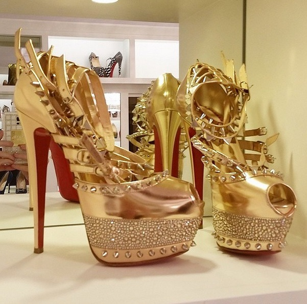 ChristianLouboutin-shoes-0108-1