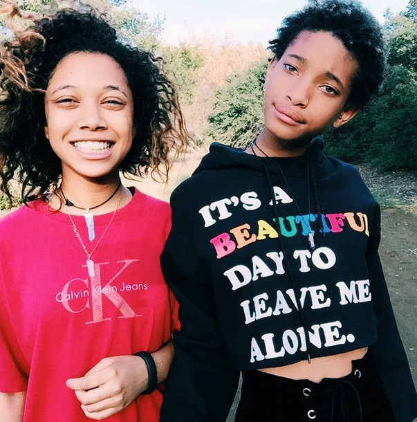 willow-smith-posted-a-topless-photo-on-instagram-people-drove-off-in-nissans-0123-3