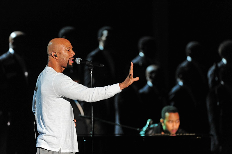 Common-John-Legend-glory-2015-Grammy-Performance-0208-1