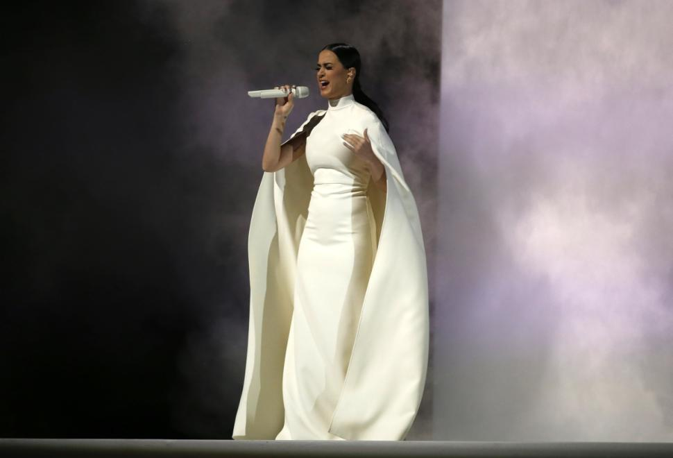 Katy Perry In All White For Grammy Performance