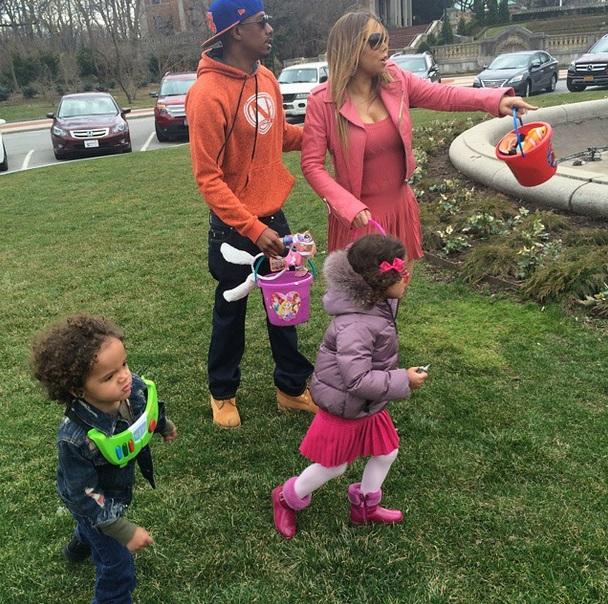 nick-mariah-kids-easter-egg-hunt-0406-1
