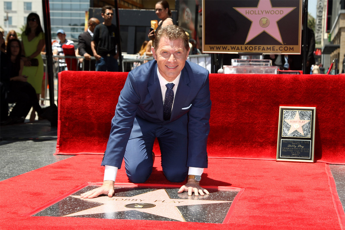 bobby-flay-hollywood-walk-of-fame-cheater-shading-0604-1