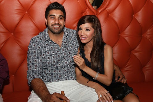 farrah-braham-announces-breakup-to-simon-0614-1
