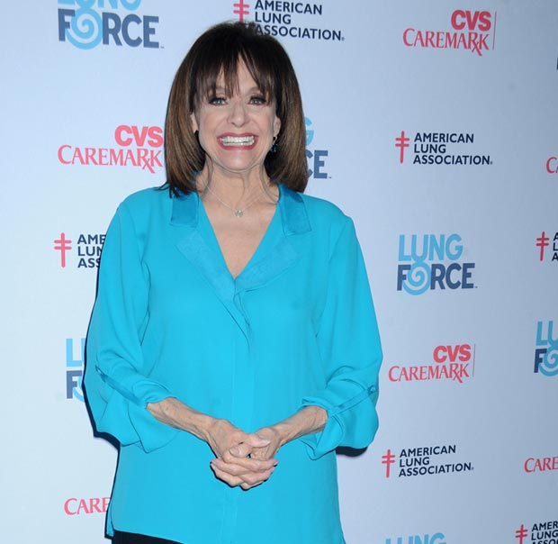 valerie-harper-hospitalized-found-unconscious-in-maine-0731-1