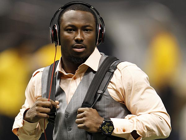 lesean-mccoy-says-his-private-party-was-not-an-orgy-0801-1