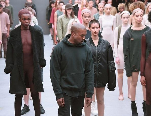 kanye west fashion show fight-anne-bowen-0915-1