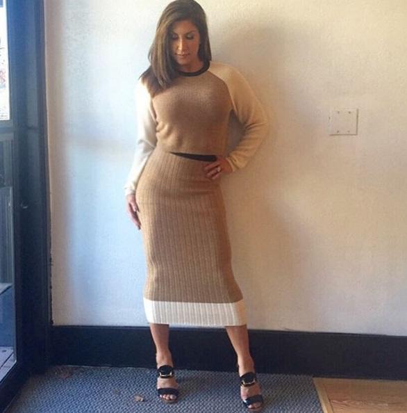 Jacqueline Laurita-rocks-RonnyKobo-dress-1003-1