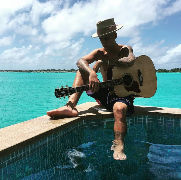 justin-bieber-bora-bora-pics-part-two-1008-1