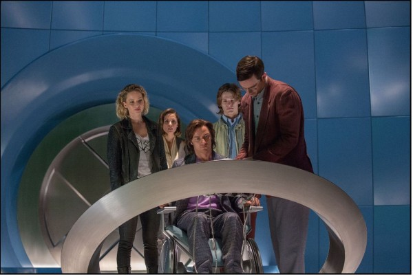 Bryan Singer Posts First Look at X-Men-Apocalypse Teaser-1120-2