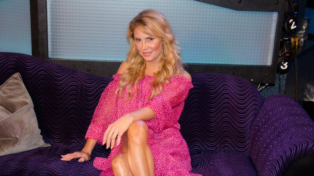 brandi-glanville-returning-to-reality-tv-on-e-1113-13