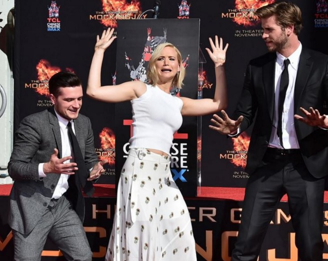 hunger-games-stars-immortalized-in-hollywood-1102-3