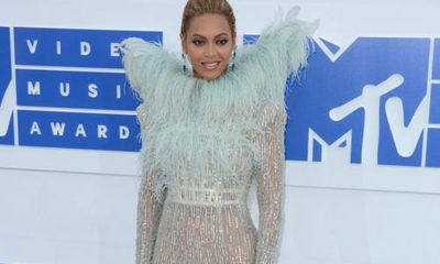 Beyonce Cleans Up at VMA's 2016