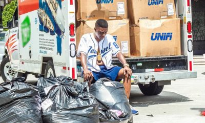 Boosie BadAzz Donates Clothes & Hygiene Kits To Louisiana Flood Victims