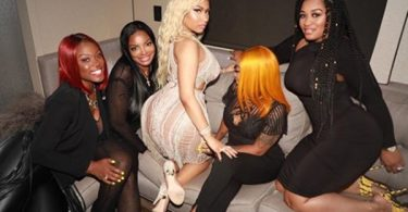 Nicki Minaj UNLEASHES on Critic For Disrespecting Her