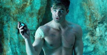 Chris Pine Bares Magnificent Banana in New Movie