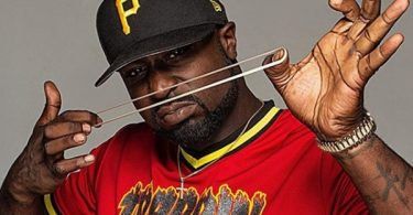 """Young Buck Begs Transgender Female """"Take it Down...It's Serious"""""""