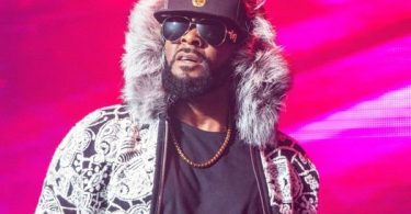 What in The KELLZ: Mass Suicide R. Kelly's Chicago Home?