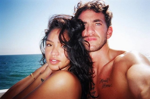 Cassie Shows Off New Man for 2019