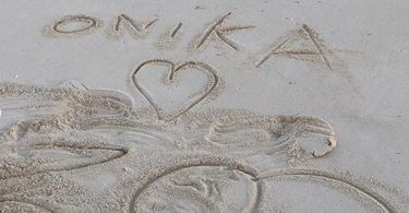 Nicki Minaj Living Her Best Life while Zoo Bang Kisses Her Feet