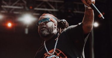 T-Pain LEAVES Stage After Getting Hit by Ball