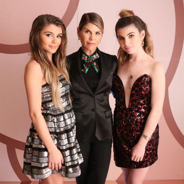 Lori Loughlin Daughters Upset Over Moms Not Guilty Plea