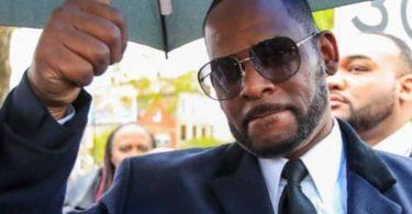 Disgraced Singer R. Kelly Battling Indictment