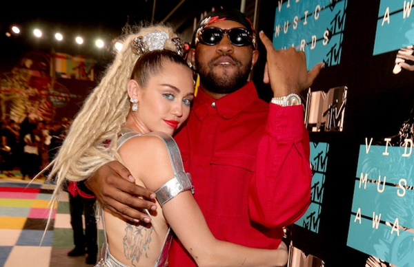 Nicki Minaj Witnessed Miley Cyrus Spitting on Mike Will's Mic