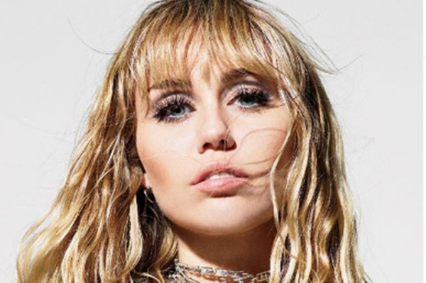Miley Cyrus Does 'Not Represent a Gender'