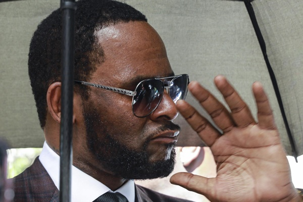 R. Kelly Royalty Checks Ordered To Pay Child Support