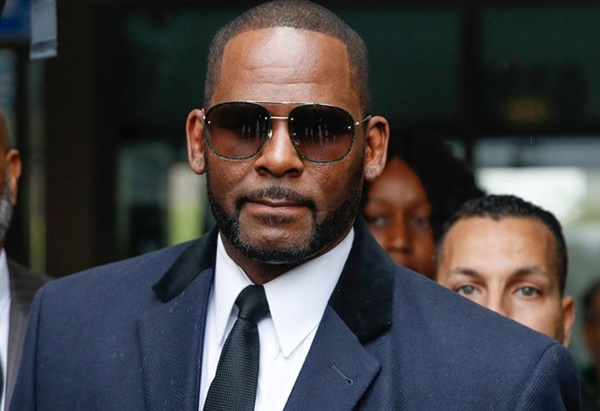 R. Kelly Out of Solitary Confinement + Moving to Gen Pop