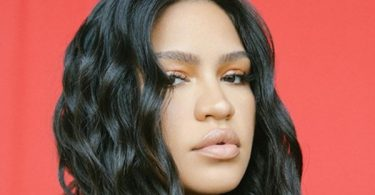 "Cassie ""Faked Happiness"" While With Diddy"