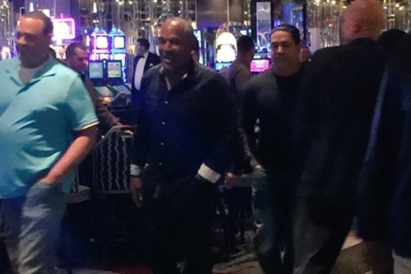 O.J. Simpson Sues Las Vegas Hotel For Defamation of Character