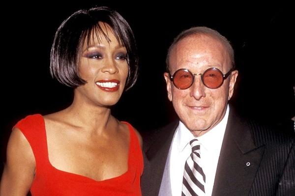 "Clive Davis ""Firmly Dedicated"" To Whitney Houston Biopic"