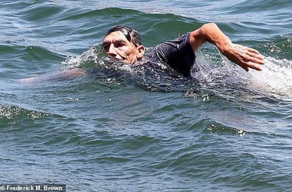 Naya Rivera's ex Ryan Dorsey + Father Swim Lake Searching