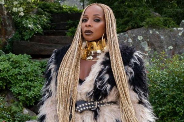 Mary J Blige Gets OUTED By Jaguar Wright