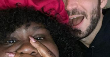 "Gabourey Sidibe Engaged: Her White Chocolate ""Put A Ring On It"""