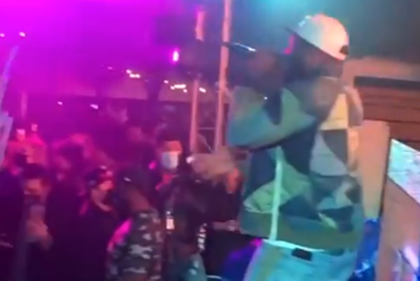 50 Cent FUMBLES With Maskless Pre-Super Bowl Party
