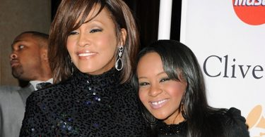 Whitney Houston Saved Bobbi Kristina From Drowning A Day Before Her Drowning
