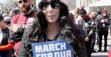 Cher DRAGGED For George Floyd Tweet