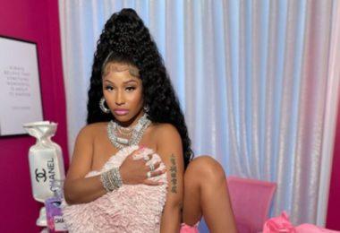 Nicki Minaj Teases Her Comeback